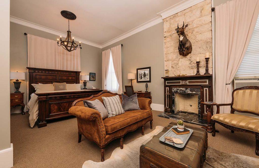 William Bird Grand Suite